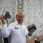 Foto: Menteri Pertanian Syahrul Yasin Limpo saat melihat produk yang akan diekspor.