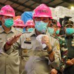 Foto : Menteri Pertanian Syahrul Yasin Limpo Saat Memantau Produksi Gula di PT Permata Dunia Sukses Utama (PDSU) Cilegon