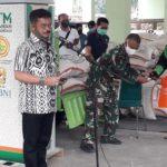 Foto : Menteri Pertanian Syahrul Yasin Limpo Memberikan Sambutan Saat Meninjau ATM Beras di Cibinong, Bogor, Jawa Barat.