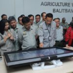 Foto : Mentan Syahrul Yasin Limpo mengunjungi Agriculture War Room Badan Litbang Pertanian, Cimanggu, Bogor.