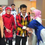 Foto: Mentan Syahrul bersama Mahasiswa Unhas saat Kuliah Umum di Fakultas Hukum.