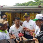 Foto : Menteri Pertanian Syahrul Yasin Limpo saat Meninjau Ekspor Buah Manggis di Sulsel yang Melonjak Tajam