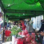 Foto : Pasar Tani di Aceh Buka Dengan Menerapkan Sosial Distance